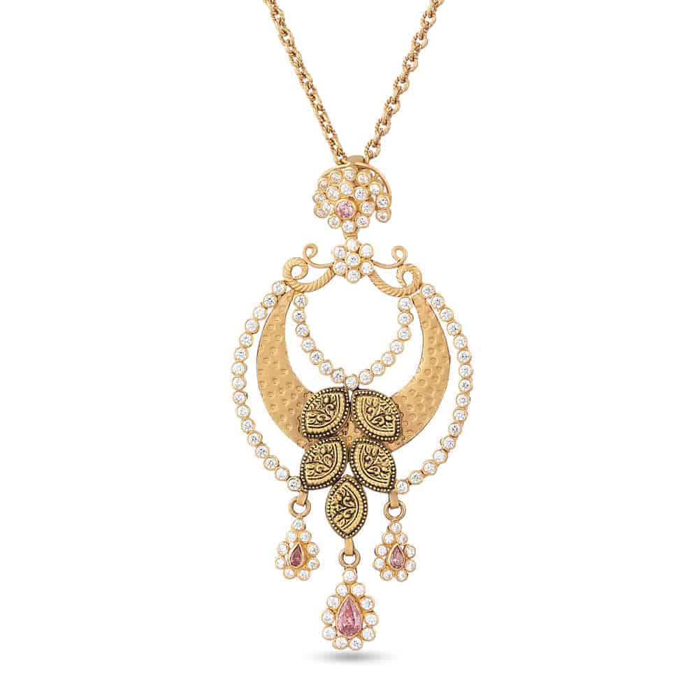 22ct Gold Wedding Pendant with Antique Finish