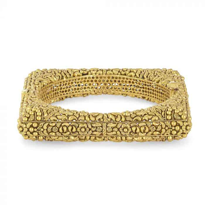 22 Carat Gold Kada With Antique Finish